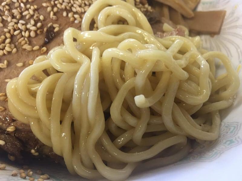 らーめん萬亀 秋田市山王 つけ油そば塩 つけ汁ブレンド 麺