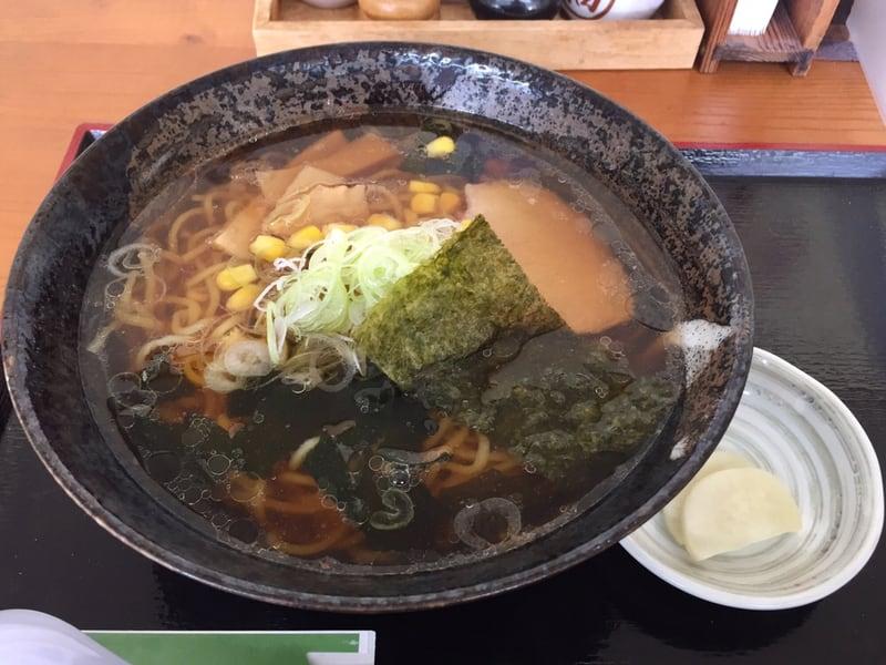 手打ちそばとお食事処 山小屋 秋田県横手市山内 しょうゆラーメン 醤油ラーメン