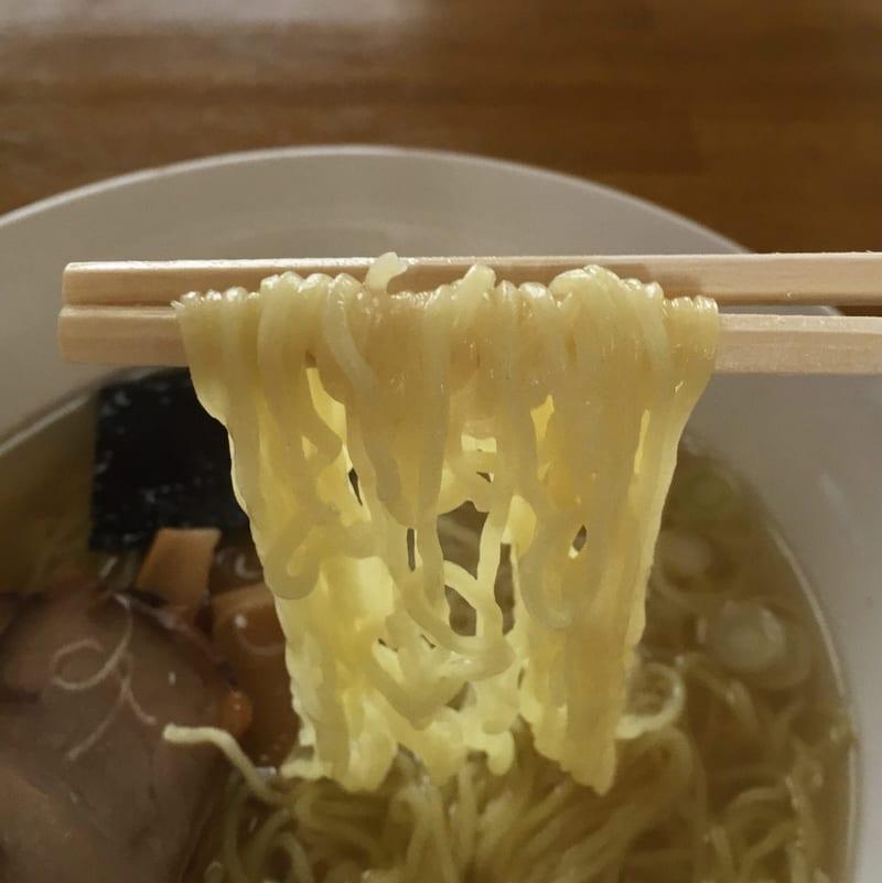 昔どおりのきりたんぽ本舗 秋田市保戸野 中華そば塩 塩ラーメン 麺