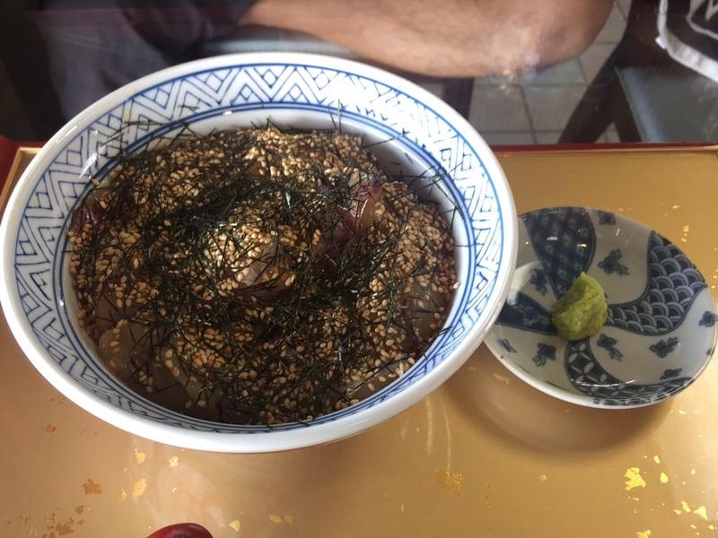 元祖石焼き 美野幸(みのこう) 秋田県男鹿市 鯛の漬け丼ぶり