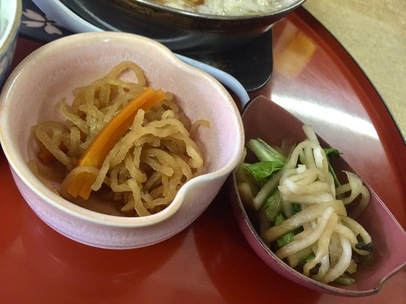 お食事 かあちゃん 秋田県能代市二ツ井町 ラーメン鍋焼定食 小鉢