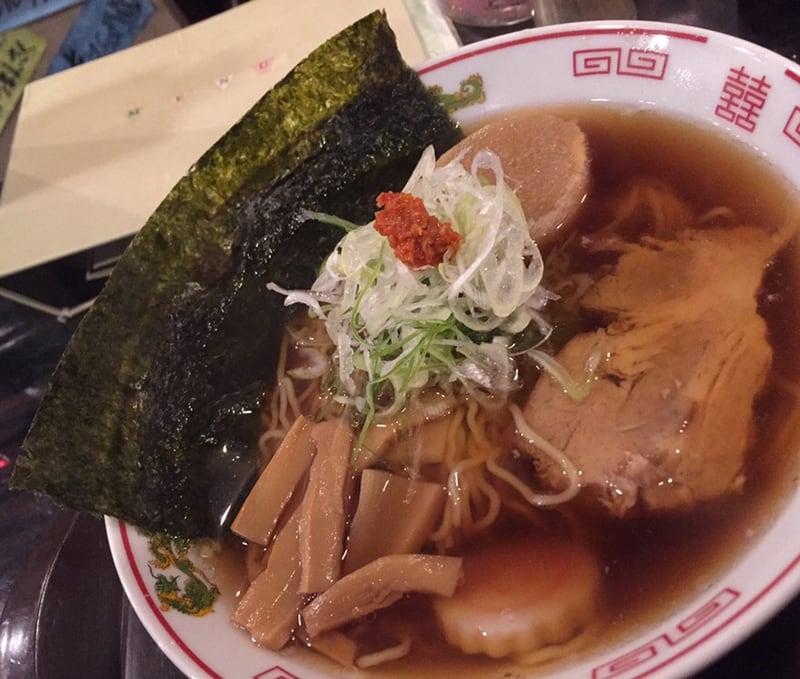 飲み処andキッチン ほのじぐみ 秋田市南通 ハマちゃんラーメン(鶏ガラだし) 具