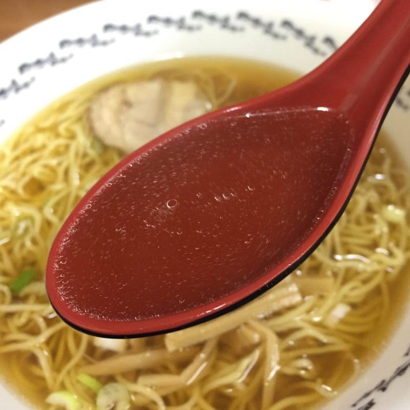 キクヤ食堂 青森県八戸市 八戸らーめん スープ
