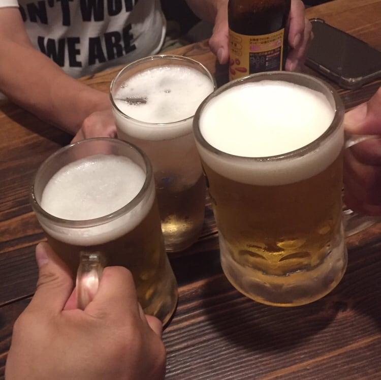 らーめん酒場 八甲田食堂 青森県弘前市 生ビール 乾杯