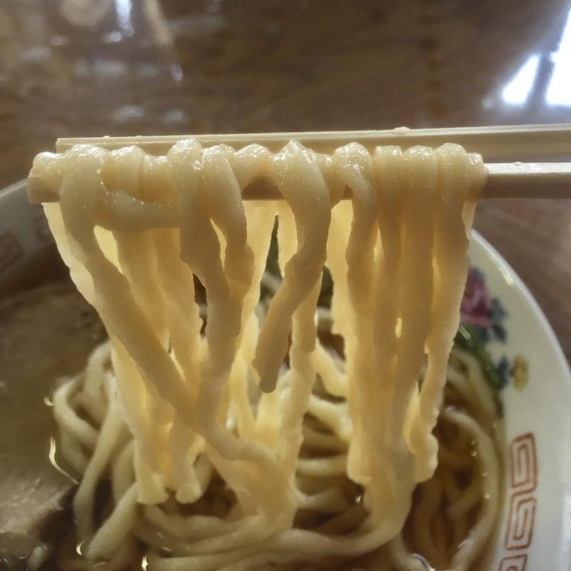 丸海鳴海中華そば店 青森県青森市 そば 麺