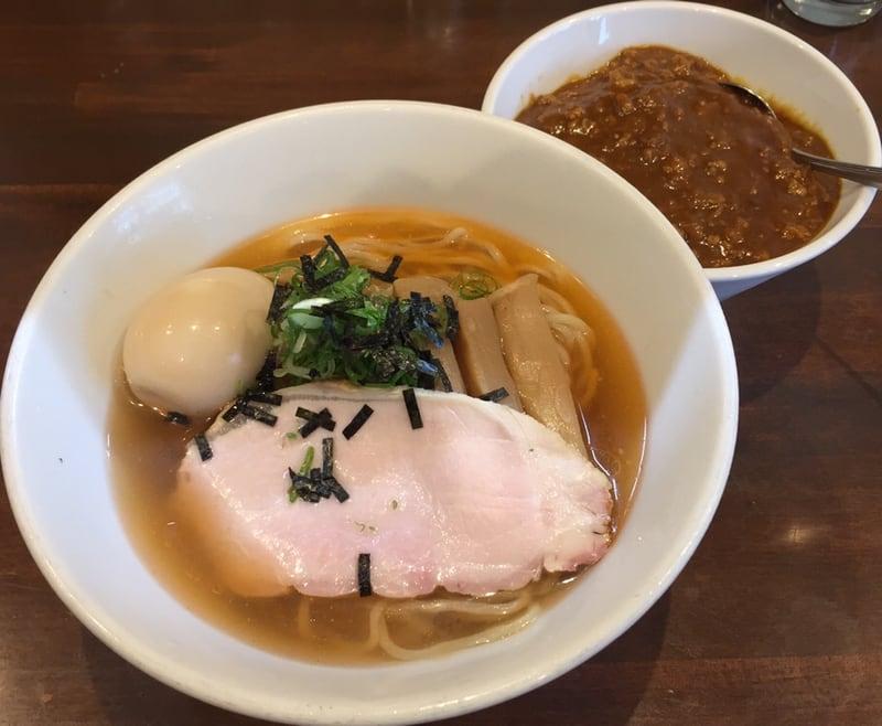 NOODLE SHOP KOUMITEI(香味亭) 秋田県横手市 オマール海老香る冷たいラーメン 塩 ミニカレー