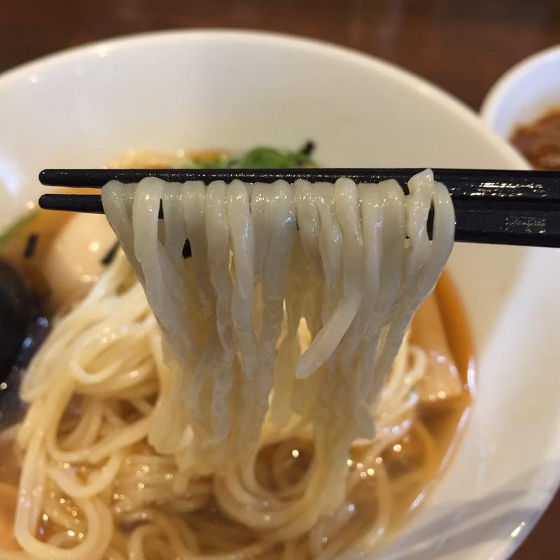NOODLE SHOP KOUMITEI(香味亭) 秋田県横手市 オマール海老香る冷たいラーメン 塩 麺