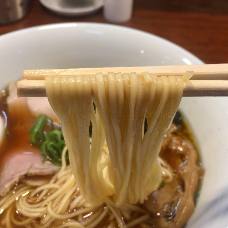 柳麺 多むら 外旭川店 秋田市外旭川 醤油らぁ麺 醤油ラーメン 自家製麺