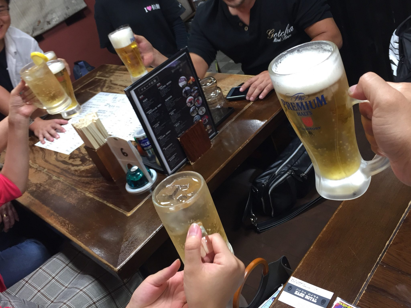 頑固麺飯魂 気むずかし家 長野県長野市 生ビール 乾杯