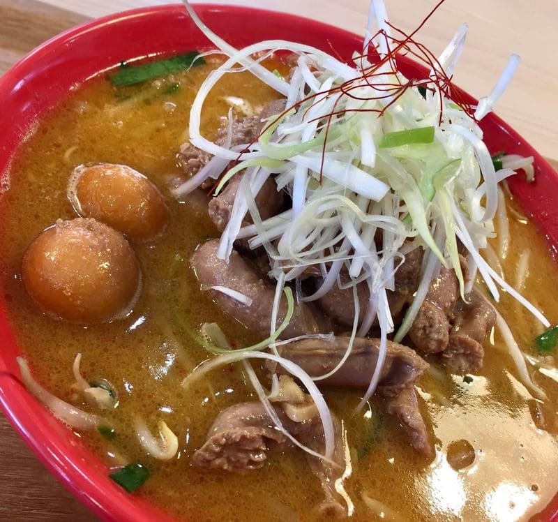 二代目 男寿狼 秋田県横手市 鶏もつ味噌ラーメン 具