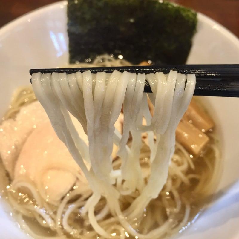 NOODLE SHOP KOUMITEI(香味亭) 秋田県横手市 自家製真鯛の焼き干しと秋の香りの塩ラーメン 自家製麺
