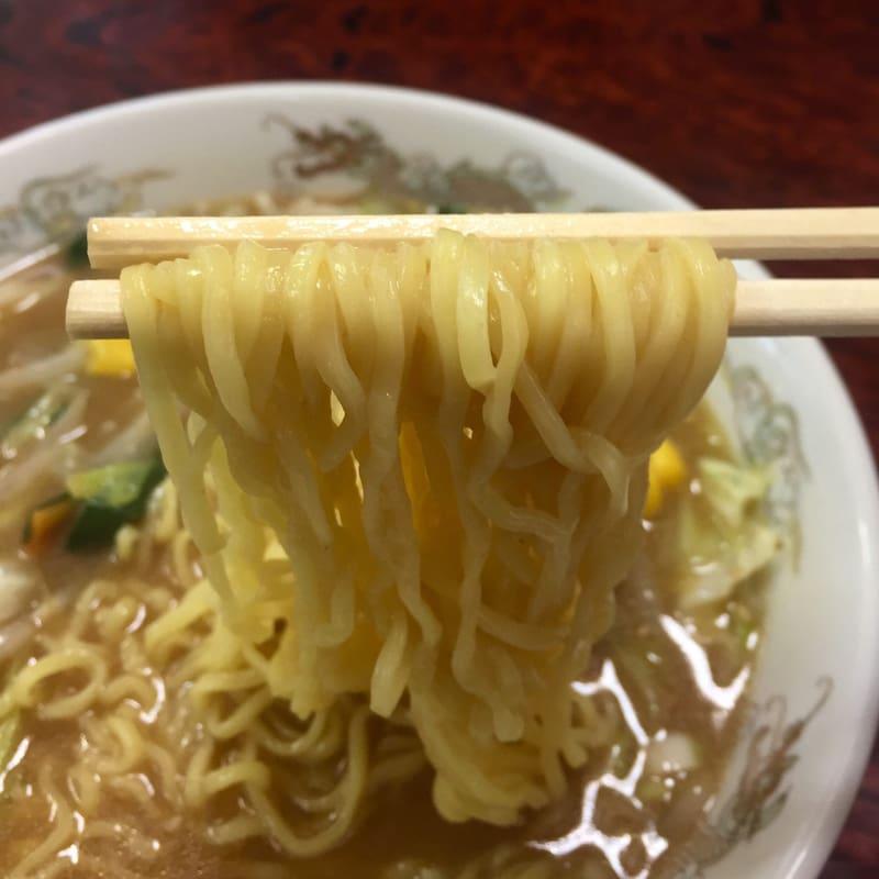 お食事処 春駒食堂 秋田市中通 味噌タンメン 麺