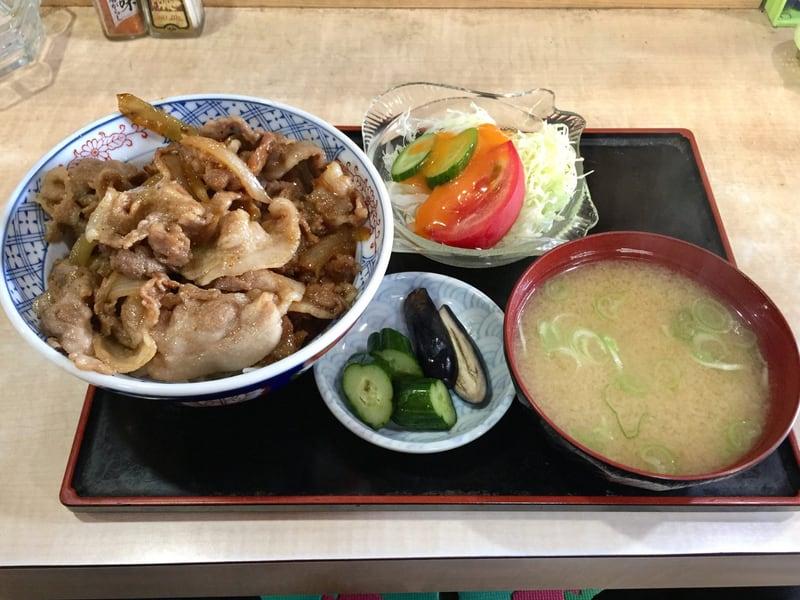 東寿司 秋田県横手市平鹿町 焼肉丼