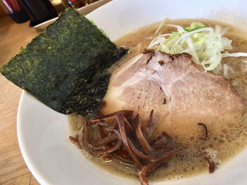 麺屋 北の雫 秋田市広面 醤油らーめん 魚介豚骨ラーメン 具