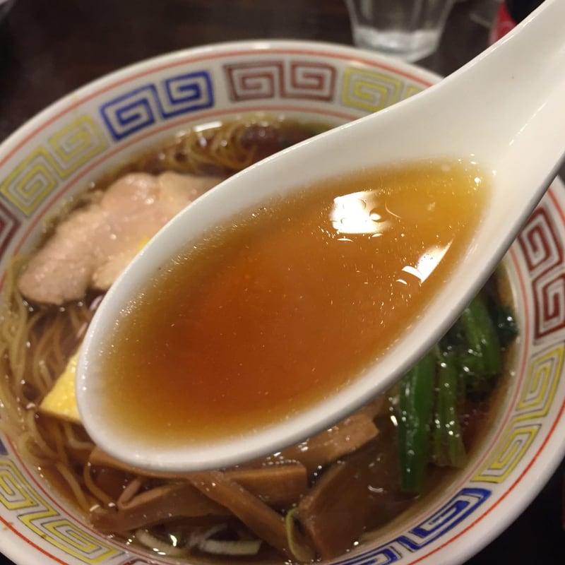 中華そば 萬福 東京都中央区銀座 東銀座 中華そば スープ
