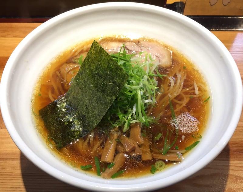 ラーメン巌哲 東京都新宿区西早稲田 醤油