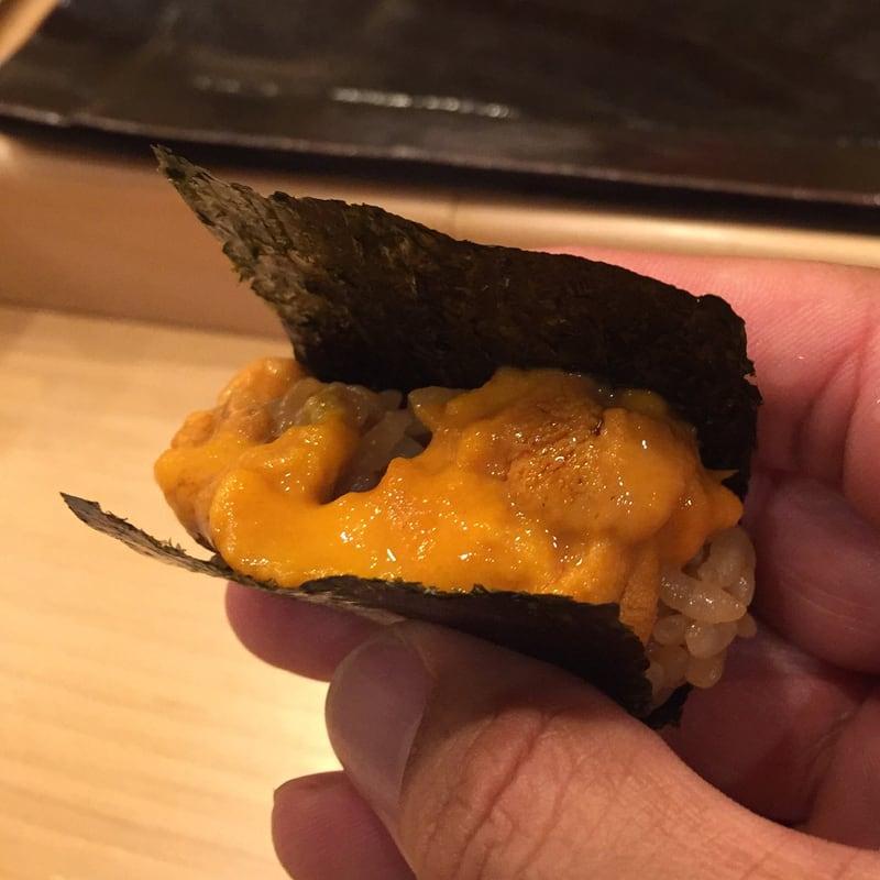 すし匠 秋田市大町 北海道釧路産のバフンウニ