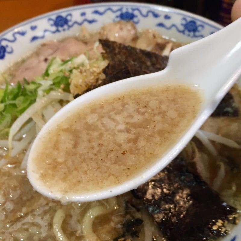 ラーメン プレコ 秋田県湯沢市 二郎系 明君らーめん スープ