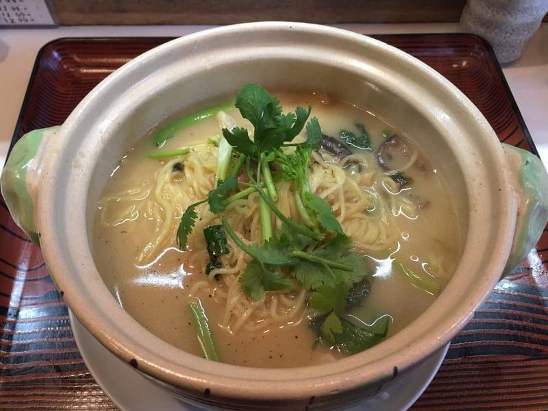 中国料理 盛 さかり 秋田市八橋 嫩鶏煨麺 トリ煮込みめん
