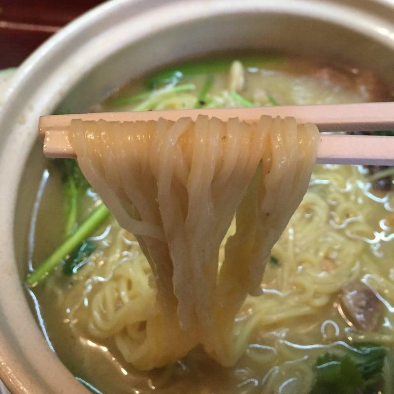 中国料理 盛 さかり 秋田市八橋 嫩鶏煨麺 トリ煮込みめん 麺