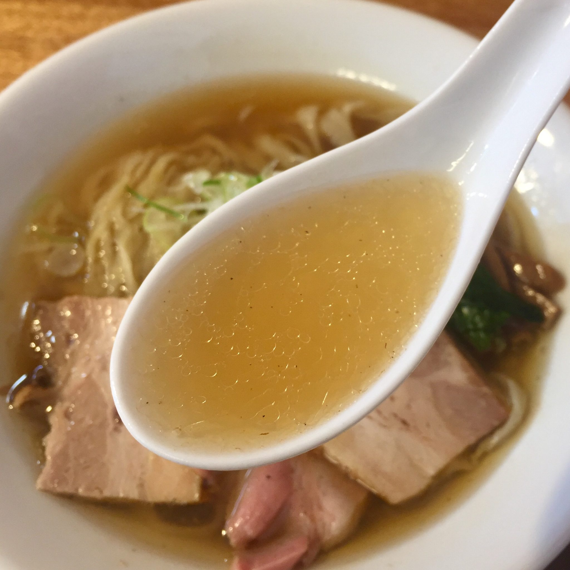 湯の台食堂 秋田県にかほ市象潟町 中華そば塩 塩ラーメン スープ