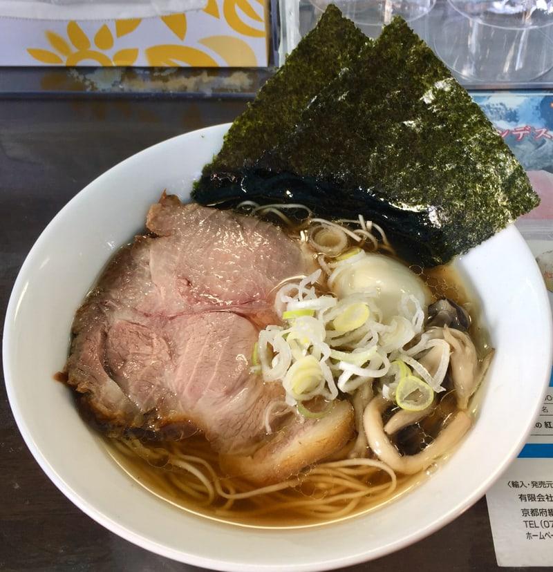 麺や青雲志 せいうんし 三重県松阪市嬉野 カキ正油らぁ麺 醤油ラーメン