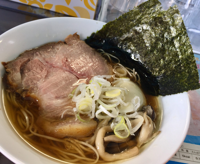 麺や青雲志 せいうんし 三重県松阪市嬉野 カキ正油らぁ麺 醤油ラーメン 具