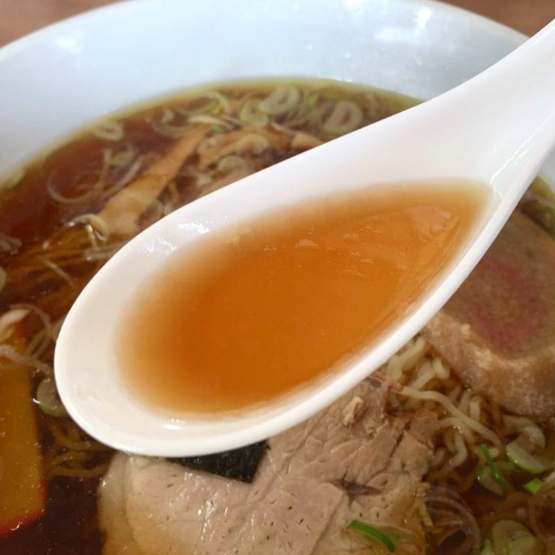 民宿かわばた食堂 秋田県湯沢市沼樋 ラーメン 醤油ラーメン スープ