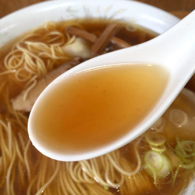 わんたんや 静岡県熱海市渚町 ワンタンメン スープ
