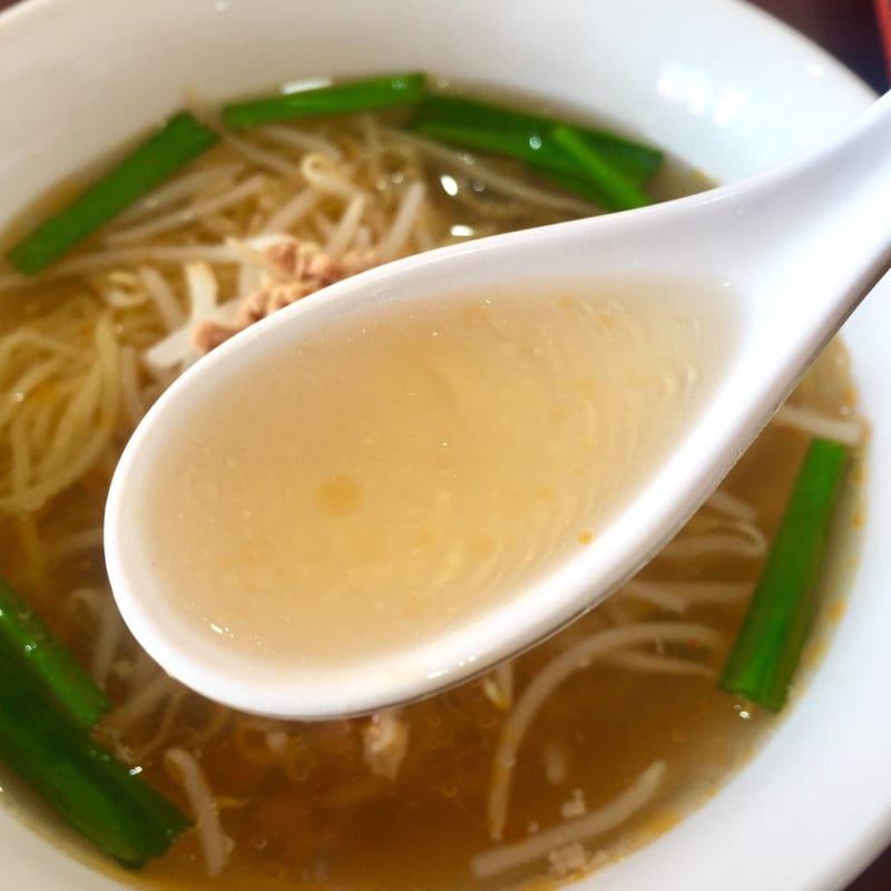 台湾料理 昇旺閣 しょうおうかく 秋田県秋田市高陽幸町 台湾塩ラーメン スープ