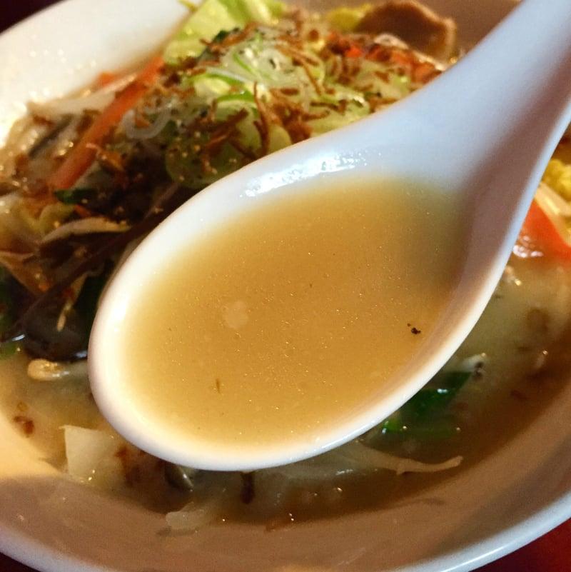 初代麺屋とのさき 秋田県秋田市手形からみでん こってりタンメン スープ