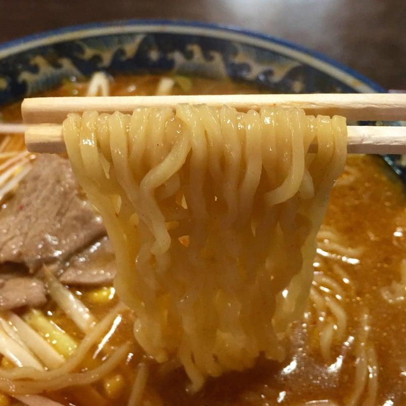 一休食堂 秋田県にかほ市平沢 ねぎ辛ラーメン 麺