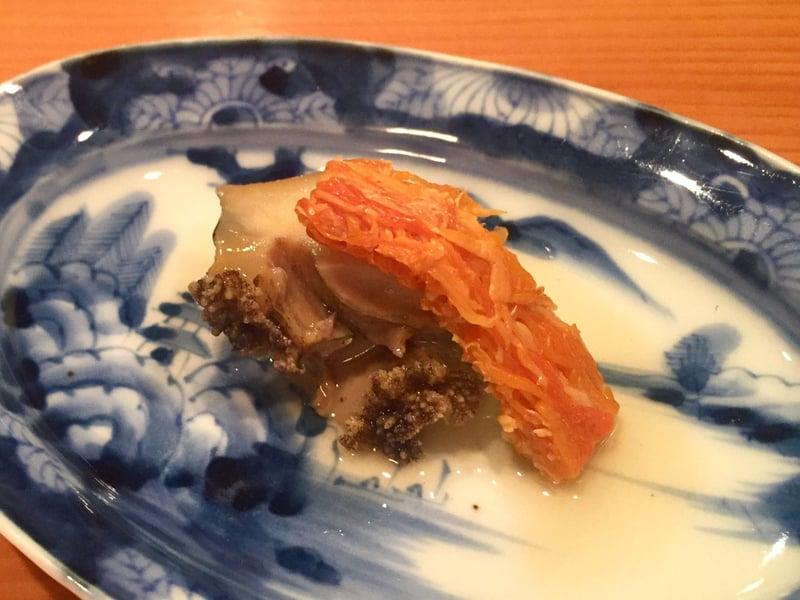 日本料理たかむら 秋田県秋田市大町 青森久六島産・鮑の塩蒸し、生ばちこ炙り