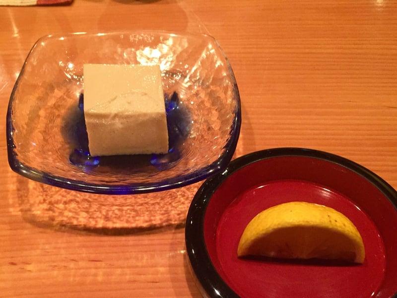 日本料理たかむら 秋田県秋田市大町 甘味はマンゴープリンのオレンジ添え