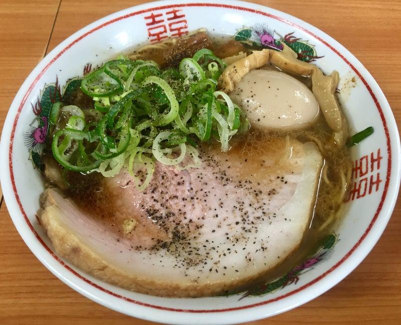 ラーメン陸王 秋田県秋田市川尻 ブラック 濃醤油味