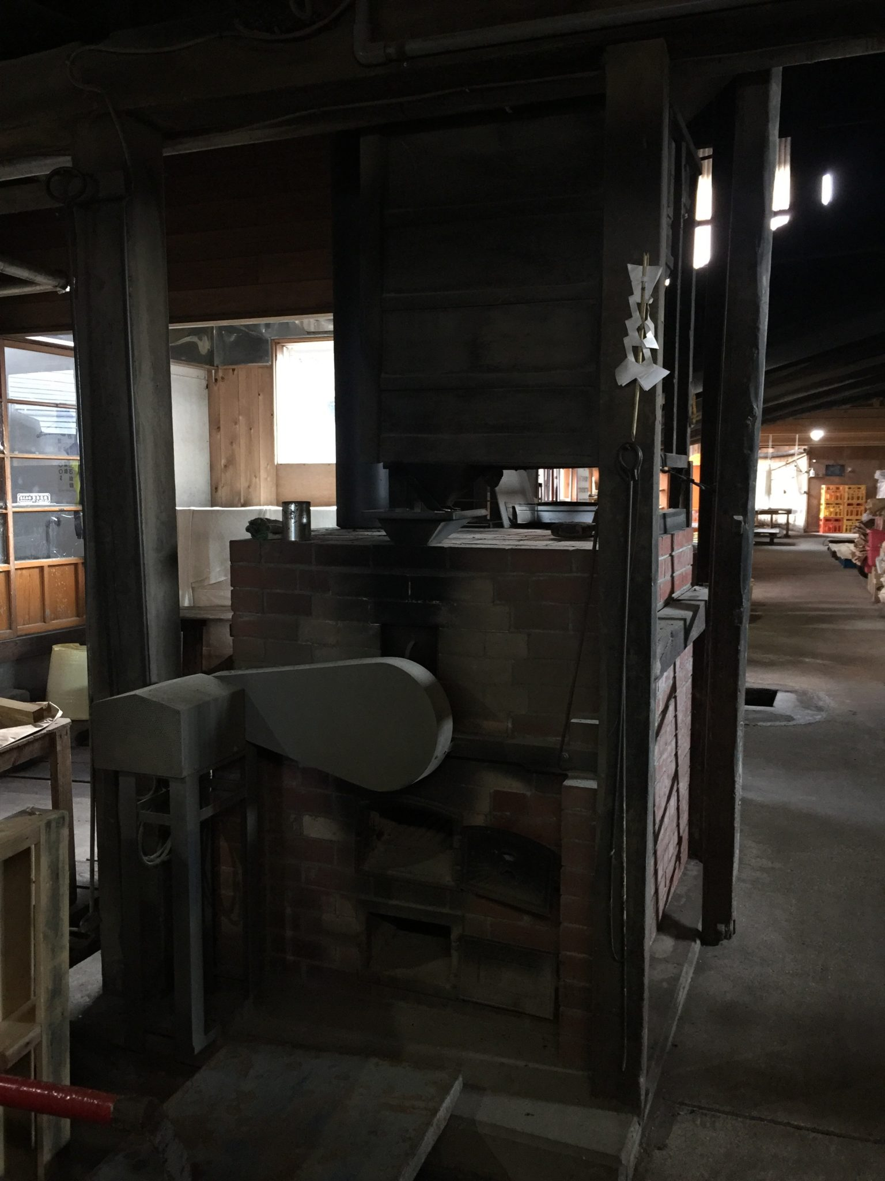 味噌 醤油 醸造元 石孫本店 秋田県湯沢市岩崎 見学 麦炒り釜