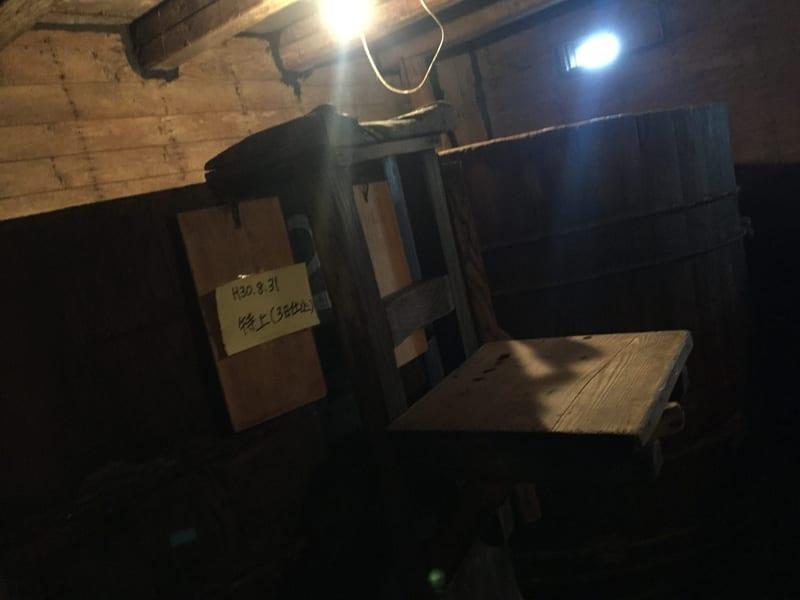 味噌 醤油 醸造元 石孫本店 秋田県湯沢市岩崎 見学 仕込み樽