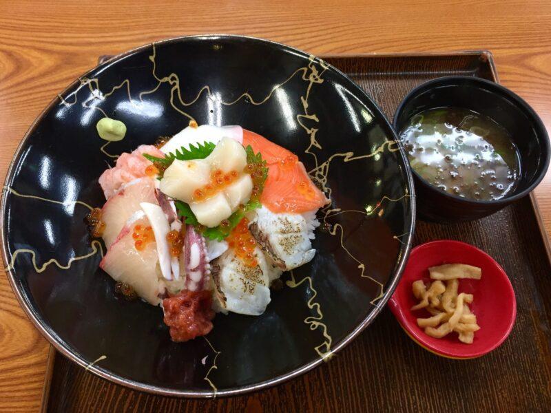 日本海さかな街 福井県敦賀市若葉町 海鮮どんぶり専門店 海鮮DINING丼 ミニ若狭贅沢丼