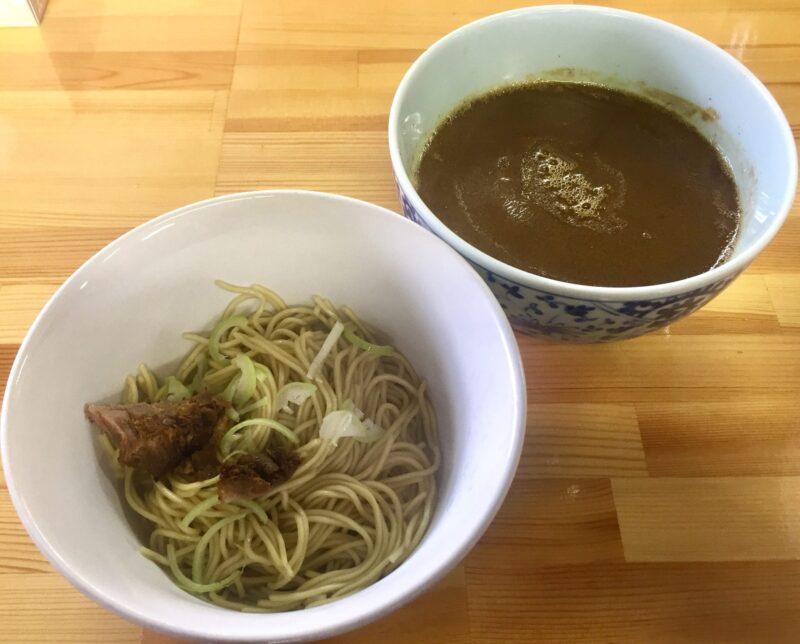 らーめん萬亀 ばんき 秋田県秋田市山王新町 汁なし坦々麺 味噌 つけ汁ブレンド 替え玉 スープ