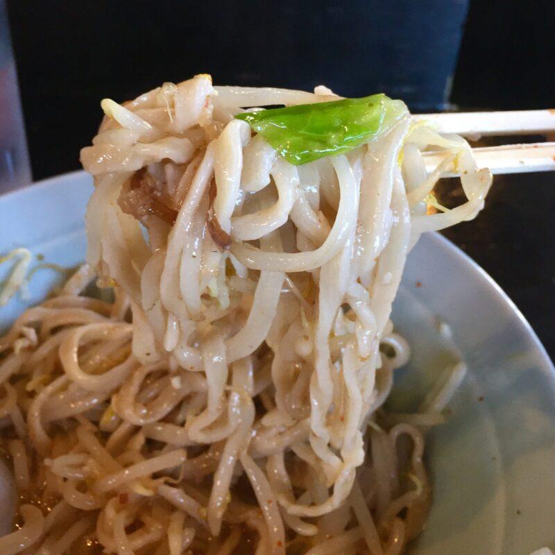 ラーメン マシンガン 秋田県秋田市広面 汁なし梅 自家製麺