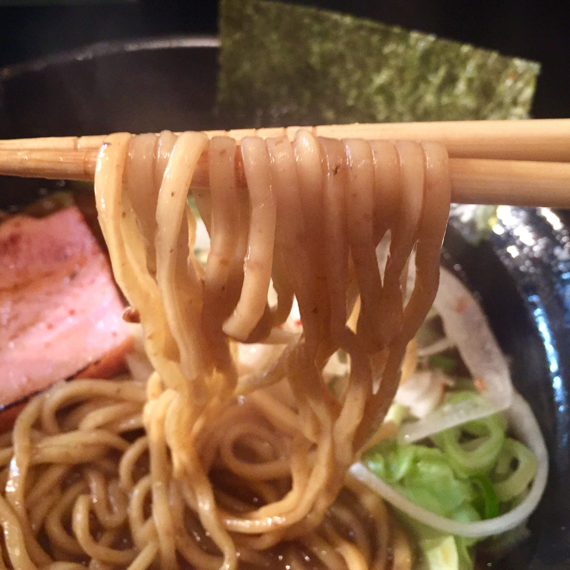 麺家うえだ 埼玉県新座市東北 志木 焦がし特濃らーめん 麺