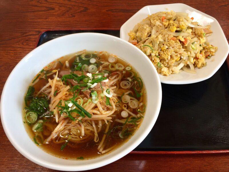 中華料理 一家 いちや 秋田県横手市十文字町 もやしラーメン たまねぎ炒飯 セット