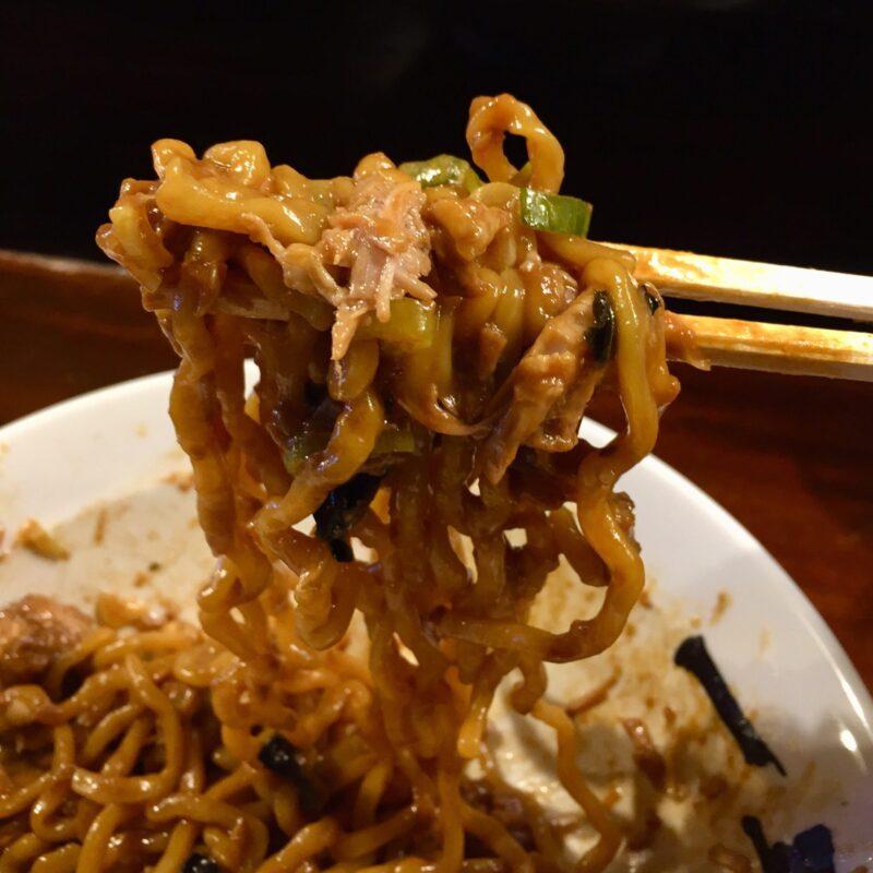 一球 秋田県秋田市手形 油そば 志賀麺業の麺