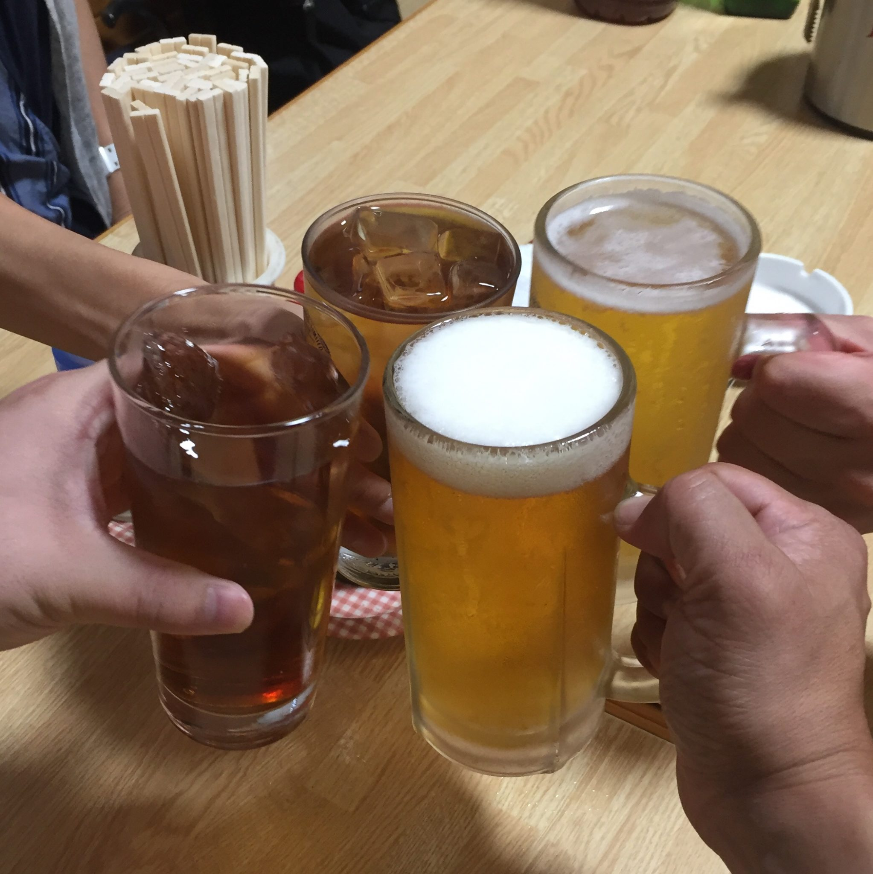 万松 秋田県潟上市飯田川下虻川 生ビール 乾杯