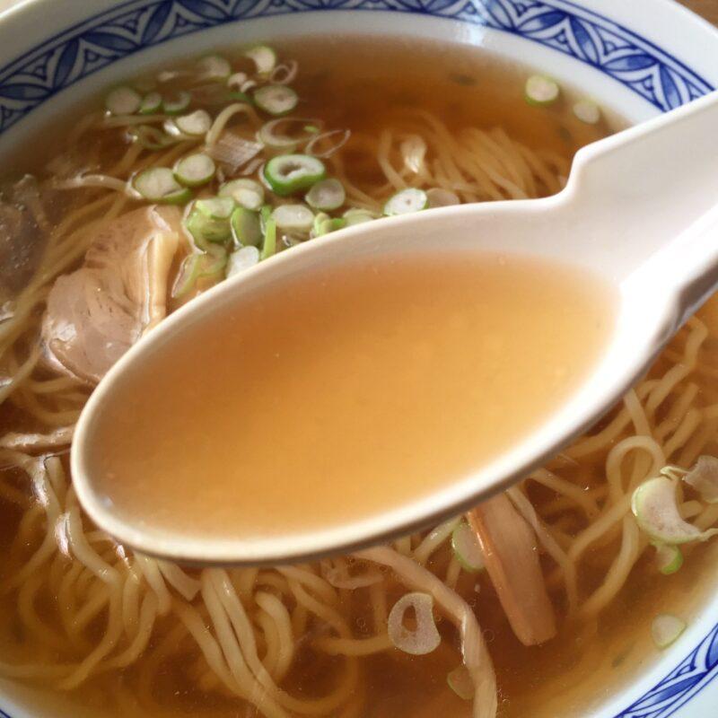 まごころと味の店 さとみ 秋田県湯沢市山田 ラーメン スープ