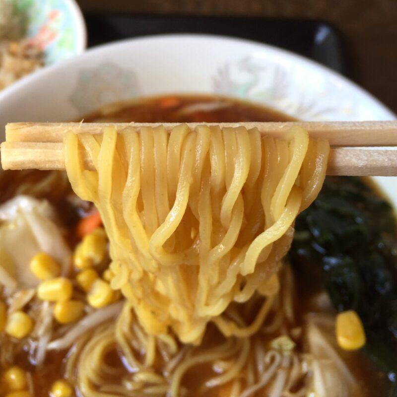 お食事処きらく きらく食堂 秋田県湯沢市川連町 味噌ラーメン 麺