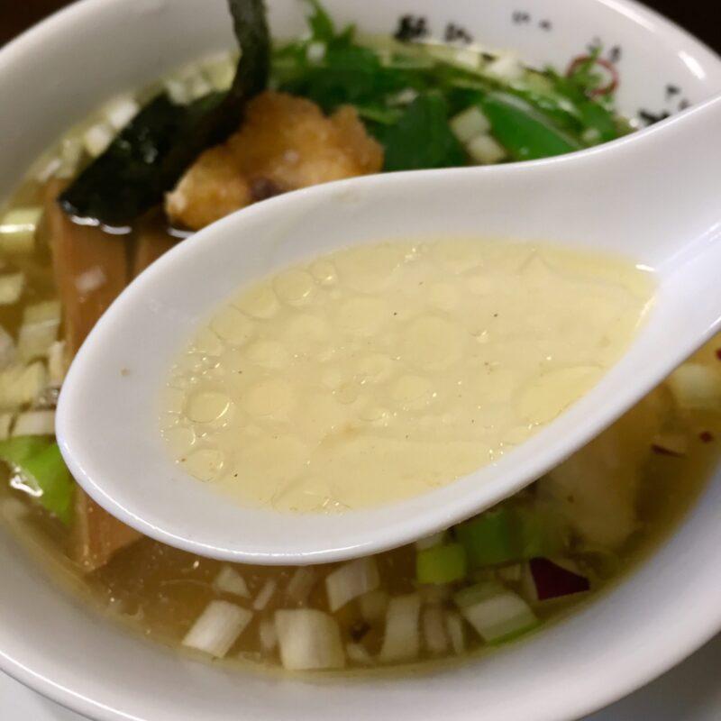 らぁ麺や 一晃亭 いっこうてい 新潟県長岡市大島 鶏と鯛の塩そば スープ