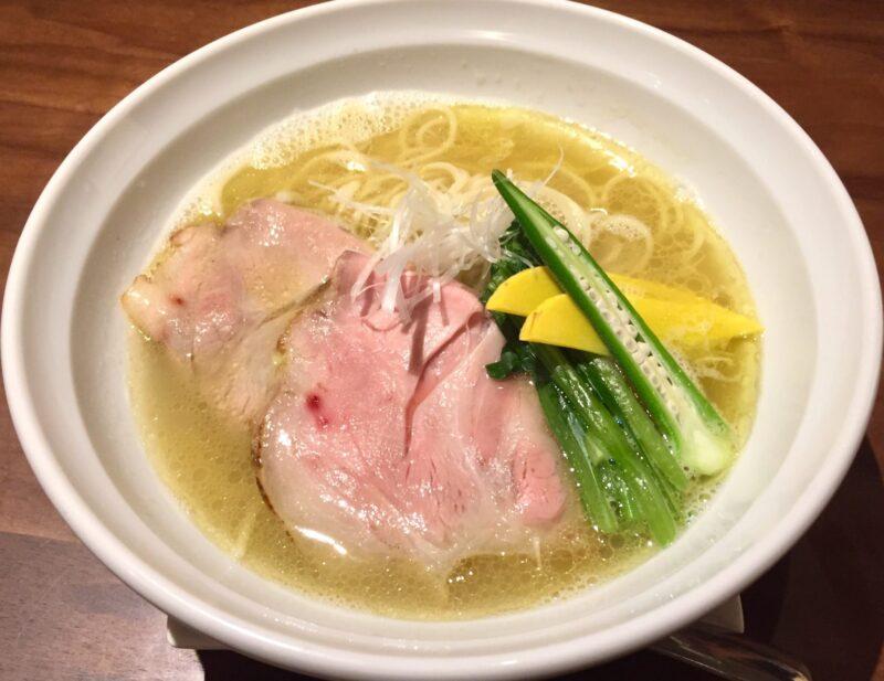 あおぎり AOGUIRI 新潟県長岡市東坂之上町 伊達鶏の塩白湯麺