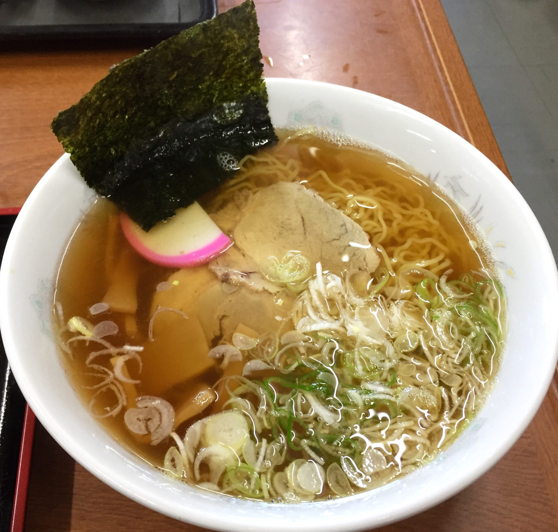 お食事処 ドライブイン汐風 しおかぜ 青森県西津軽郡鰺ヶ沢町 醤油味ラーメン