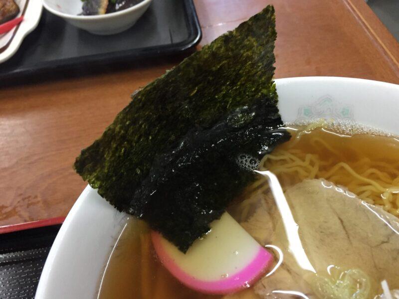 お食事処 ドライブイン汐風 しおかぜ 青森県西津軽郡鰺ヶ沢町 醤油味ラーメン 具